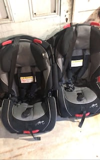 Baby's car seat carrier Seattle, 98107