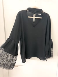 SIZE XL BLACK TOP WITH SLEEVE AND NECK DETAIL  Toronto, M5A