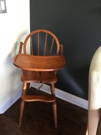 baby's brown wooden high chair SIMPSONVILLE