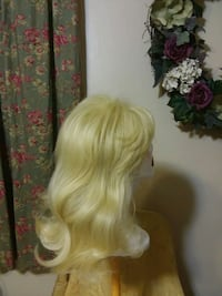 women's white hair wig Cedar Rapids, 52405