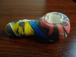 *NEW* Graffiti Silicone Pipe