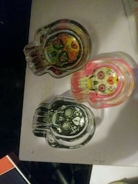 four assorted color skull ashtrays Canton, 28716