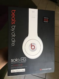 Beats HD white