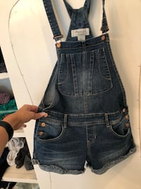 Overall shorts size 0 Colorado Springs, 80919