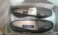 pair of black leather loafers Toronto, M1R 1L9
