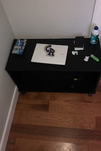 Table desk  Vancouver, 98686