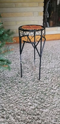 Wicker/ Metal Plant Stand