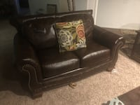 black leather 2-seat sofa Lubbock, 79424