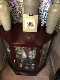 Small Glass Cabinet Las Vegas, 89144