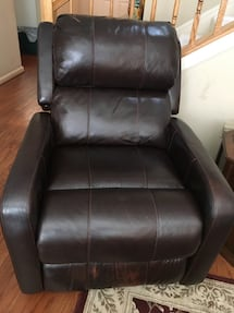 Leather Recliner. Power lift