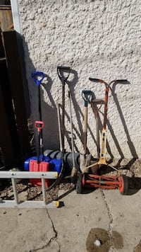 red reel mower and assorted-color shovel lot Winnipeg, R3G 3C7