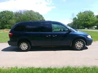 Chrysler - Town and Country - 2005 Baltimore, 21207