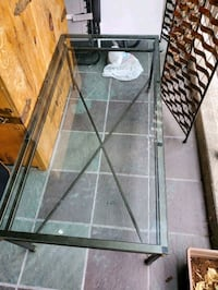glass coffee table West Vancouver, V7T 1H7