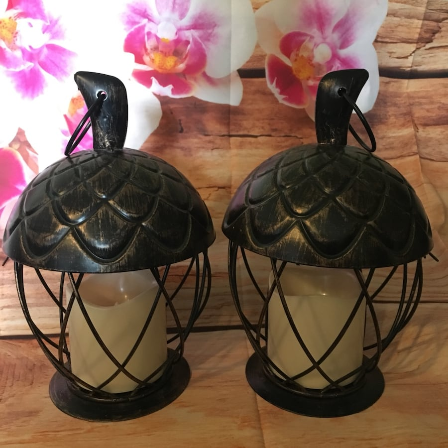 Metal Acorn Lanterns-NEW e7bb63c0-91cc-4f50-9934-1c0894227b50
