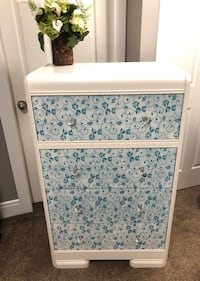 Beautiful waterfall dresser with larger drawers  Nanaimo, V9V 1E4