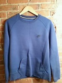 large Nike sweater blue with black logo St. Catharines, L2R 3M2