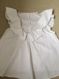 white and gray sleeveless dress Calgary, T3K 0L4
