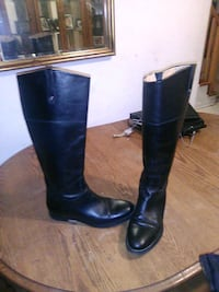 Leather boots size 8 1/2 Guelph