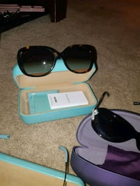black framed sunglasses with case Limehouse, L0P 1H0