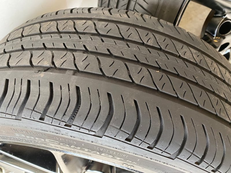 """19"""" OEM Nissan wheels and Tires 3fd291cb-5c81-49d1-a644-9216ce4938fd"""