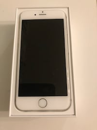 gold iPhone 6 with box Collingwood, L9Y 4J6