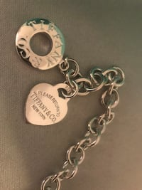 Tiffany & Co heart necklace  Mississauga, L5V 2Y8
