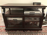 TV stand from Bombay Company Pickering, L1V 6B3