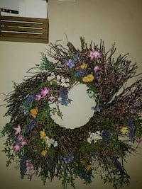 green and purple Christmas wreath Bossier City, 71111