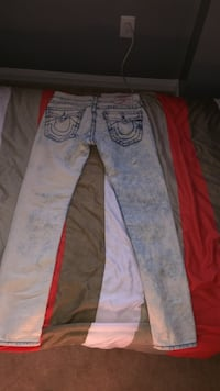Men's true religion blue jeans Barrie, L4M 0B2