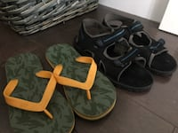 Boys lot of two size 5/6 sandals  ~gap camp flip flops  ~black sport sandals  $12 for both Langley, V3A 4E4