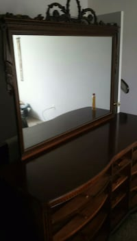 brown wooden sideboard with mirror Detroit, 48226