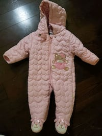 Pink baby snow suit Mississauga, L5M 6Z2