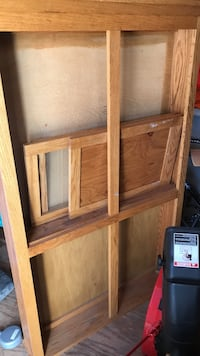 Wine/liquor cabinet. Some assembly required. Solid oak New Oxford, 17350