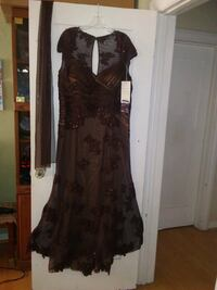 Lace Formal dress with shall size 20 , brand new 2266 mi
