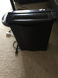 Paper shredder good condition  Burnaby, V5H