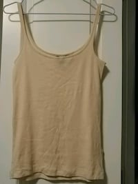 H&M tank top small Coquitlam, V3E 0B8