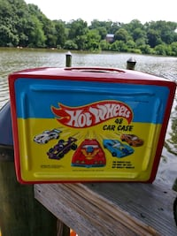 1986 Hot Wheels 48 Car Case