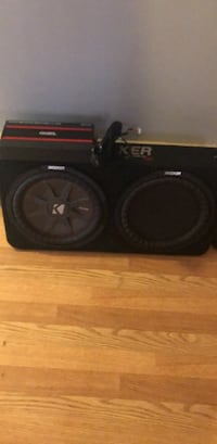 Black kicker subwoofer with enclosure and dsb candy amp Yonkers, 10703