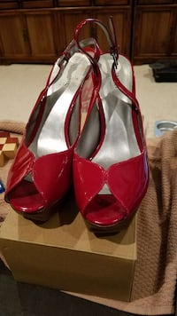 Guess 8M Red Heels Chantilly, 20151