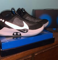 size 8 Nike adapt e.a.r.l bb self lacing bb shoes
