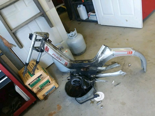 1987 puch maxi moped frame