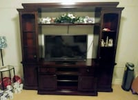 Wood entertainment center/hutch with glass shelves Los Angeles, 91356