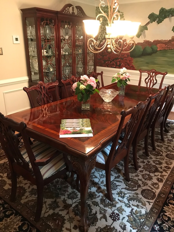 Rectangular Thomasville Mahogany Dining Room Table With 8 Chairs Set