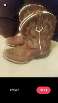 ARIAT kids cowboy boots size and 2