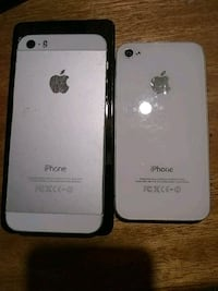 gold iPhone 4 and black iPhone 5 both unlocked  Penticton, V2A 4Z1
