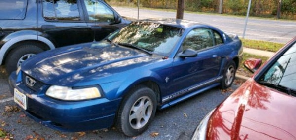 2000 Ford Mustang Base 671831c3-42d9-4bf4-80e2-770789d69ccd