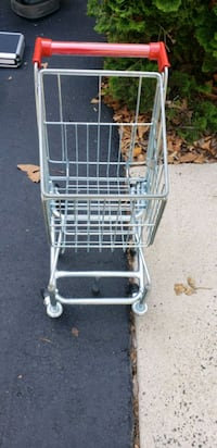 Childs play shopping cart