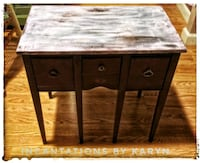 Antique refurbished table Euclid