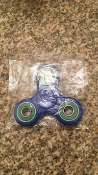 blue and green fidget spinner Mississauga, L5R 2A9