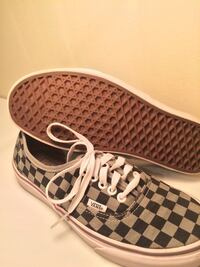 Unisex vans checkerboard shoes West Chester, 45069
